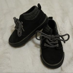 Size 4 toddler boots